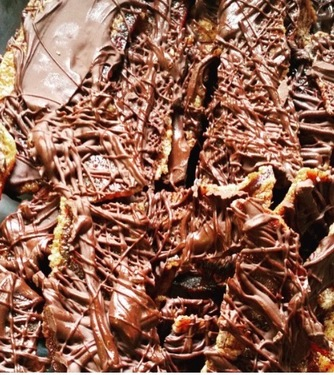 Chocolate Drizzle Candied Bacon Jerky - Love Cyn Gourmet Semi-Sweet Chocolate Candied Bacon (5 oz bag)