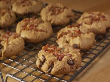 Peanut Butter & Bacon Cookies!