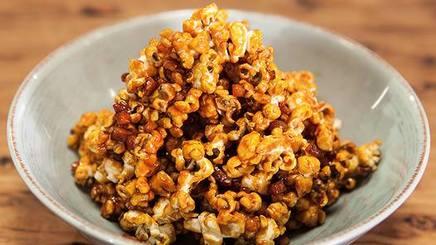 Bacon Cashew Caramel Popcorn!