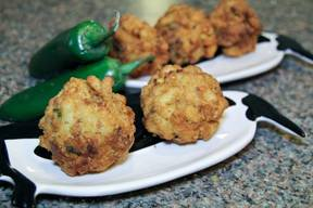 Fried Mac & Cheese Bacon Balls!
