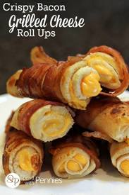 Crispy Bacon Grilled Cheese Roll Ups!