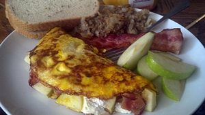 Bacon Apple & Cheese Omelet!