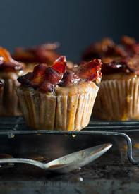 Maple Bacon Apple Muffins!