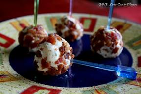 Bacon Crusted Cheeseball On A Stick!