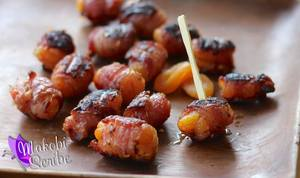 Apricot Stuffed Bacon!
