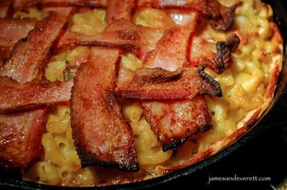 Mac & Cheese Pie With Bacon Lattice!