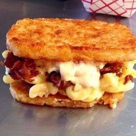 Bacon Mac N Cheese Hashbrown Sandwich!