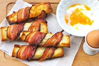 Bacon Baguette Toasts