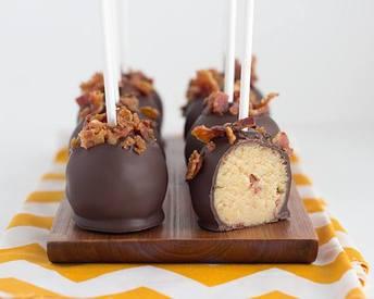 Maple Bacon Cake Pops!