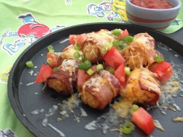 Bacon Tator Tot-chos!