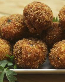 Chicken Bacon Chipotle Balls!
