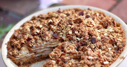 Gingersnap Apple Pie W/ Bacon Crisp!