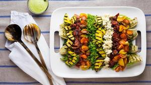 Grilled Avocado Blt Salad!