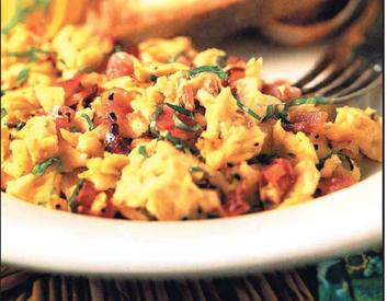 Bacon & Tomato Scramble!