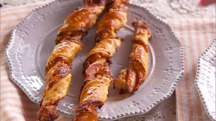 Bacon Cheddar Straws!