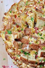 Bacon Cheesy Pull Apart Bread!