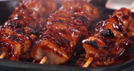 Whiskey Bacon Chicken Skewers!