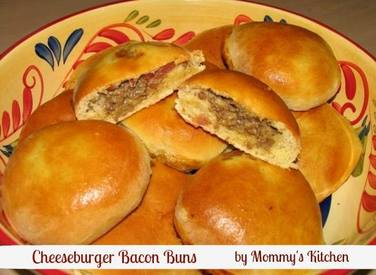 Stuffed Cheeseburger Bacon Buns!