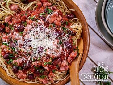 Saucy Bacon & Tomato Spaghetti!