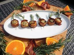 Orange Rosemary Bacon Scallops!