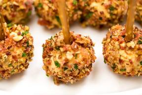Spicy Maple Bacon Mini Cheese Balls!