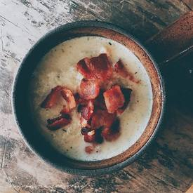 Cauliflower & Bacon Soup!