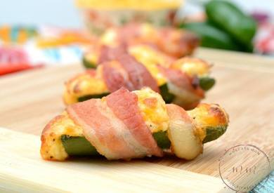 Chicken Stuffed Jalapeno Poppers!