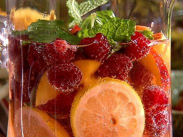 Raspberry Iced Tea Punch!