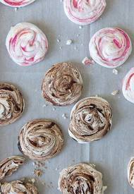 Chocolate Espresso & Raspberry Swirl Meringues!