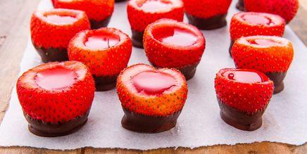 Chocolate Covered Strawberry Jello Shots!