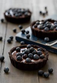 No Bake Blueberry Tarts!