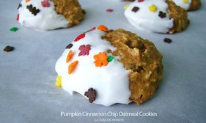 Pumpkin Cinnamon Chip Oatmeal Cookies!