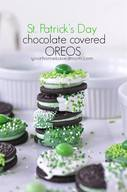 St. Patty's Day Choc Dipped Oreos!
