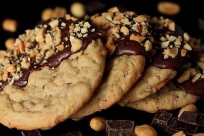 Chocolate Dipped Pb Cookies!