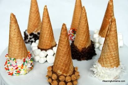 Chocolate Dipped Ice Cream Cones!