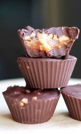 Homemade Snickers Cups!