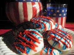 4th Of July White Chocolate Dipped Cookies!