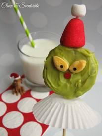 Grinch Oreo Pops!