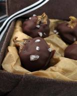 Chocolate Dipped Figs With Sea Salt!