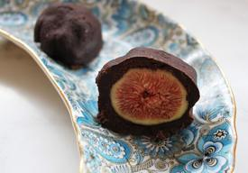 Chocolate Covered Fresh Figs!