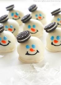 Melted Snowman Oreo Balls!