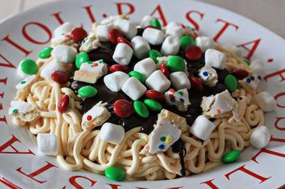 Buddy The Elf Spaghetti Cupcakes!