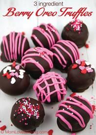 Berry Oreo Truffles!