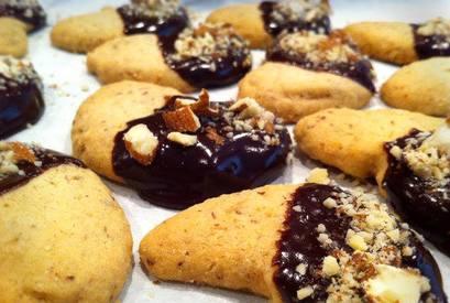 Dark Chocolate Almond Cookies!