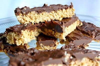 Chocolate Dipped Granola Bars!