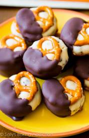 Cookie Dough Pretzel Bites!