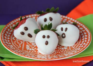 Easy Strawberry Ghosts!