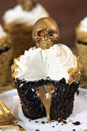Caramel Stuffed Chocolate Skull Cupcakes!