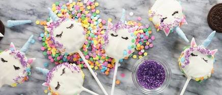 Oreo Cookie Unicorn Pops!