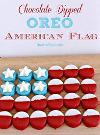 Chocolate Dipped Oreo American Flag!